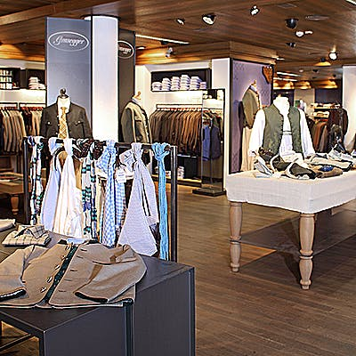 Laloupe grasegger modehaus shops garmisch partenkirchen guide winter sommer bildergalerie01 75523nbk3