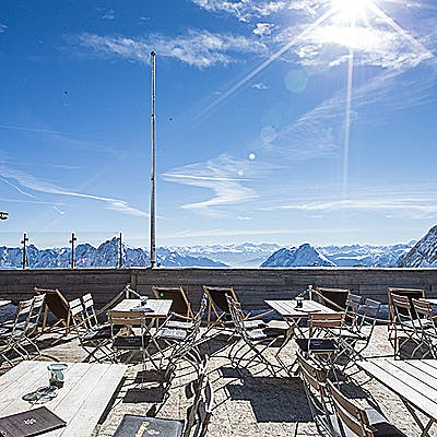 Laloupe gletschergarten garmisch partenkirchen guide restaurant winter bildergalerie 75523m75h