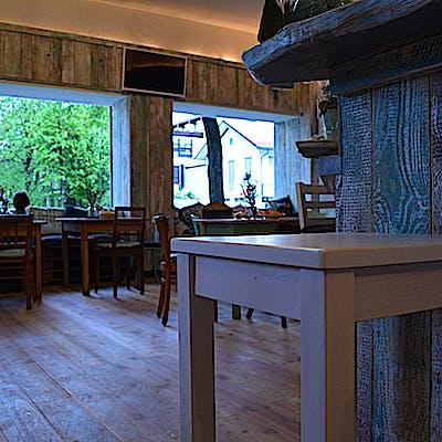 Laloupe cafe bar berge 01 75592ab4l