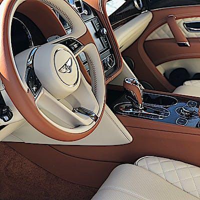 La Loupe Bentley Bentayga 6866 75naqe8lm
