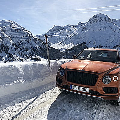 La Loupe Bentley Bentayga 6926 75naqe8ly