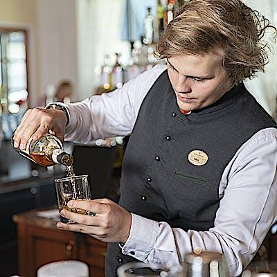 Titelbild für Edelweiss Hotelbar Café Drinks Cocktails