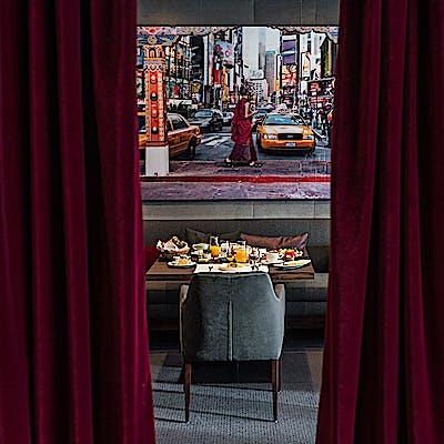 Laloupe aurelios restaurant 2 75nplnjx3