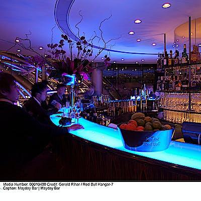 La Loupe Salzburg Hangar 7 May Day Bar at night 75j4cni56