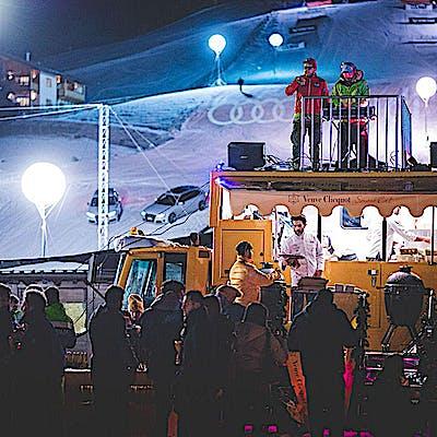 Titelbild für SNOWLICIOUS – Das Gourmet-Pistenfahrzeug