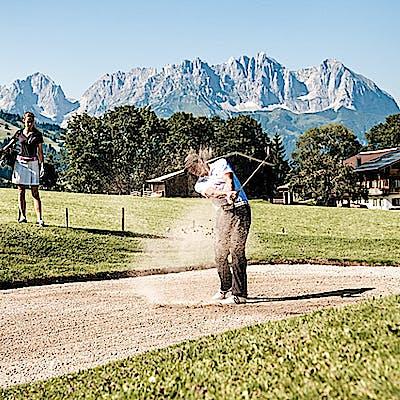Titelbild für 4 Golfplätze – nur einen Abschlag entfernt