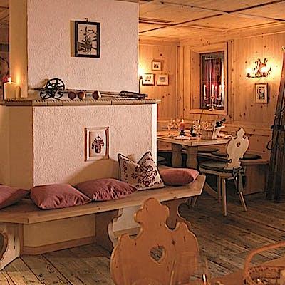 Laloupe martinststueberl winter lech restaurant guide bildergalerie 01 7550ij0yj