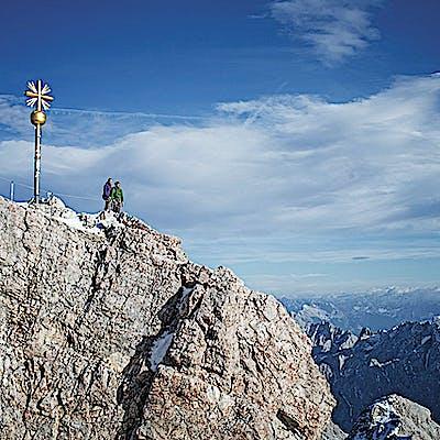 Titelbild für Skifahren, Wandern, was noch?
