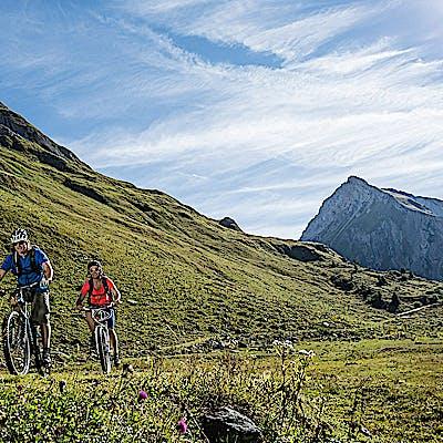 Titelbild für Bikebergsteigen am Arlberg