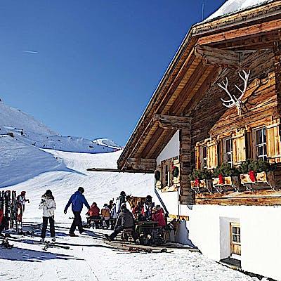 La Loupe Lech Zuers Burg Oberlech 1 759xpb8pe