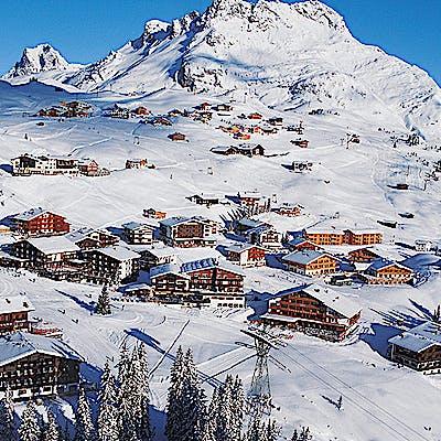 Laloupe montana zur kanne oberlech restaurant hotel winter guide bildergalerie 02 7550ij06j