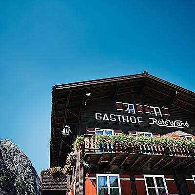 Gasthof Rote Wand Aussenansicht c Pertramer