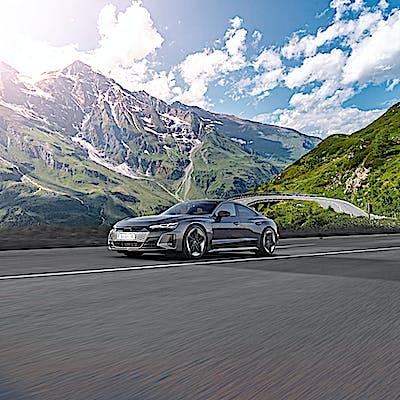 Titelbild für Audi Alpen Touren