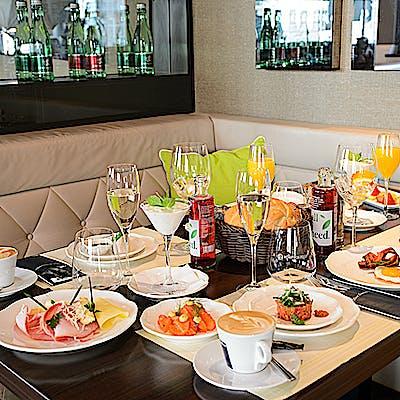Laloupe innsbruck schindler cafe restaurant2 755am9ahe