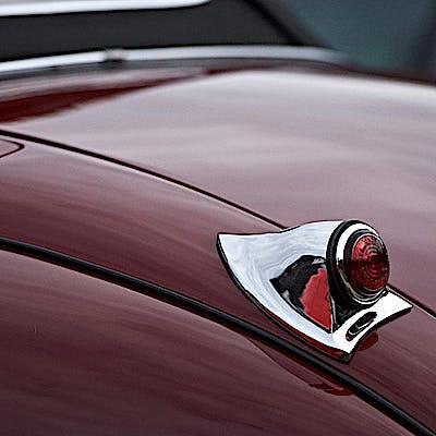 Jaguar oldtimer 04 750p2lcoj