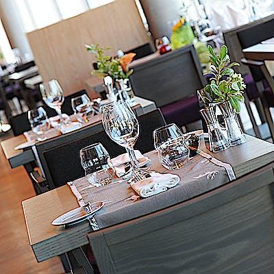 Laloupe innsbruck hotel restaurant bar adlers7 755am99zr